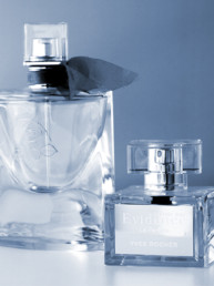 MSV, Micro Sablage verrier, réalise vos gravure sur verre pour vos packaging de produits cosmétiques.